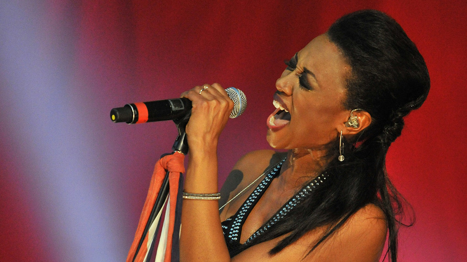 beverley-knight-soul-uk-live-1